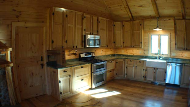 Hand Crafted Solid Hickory Kitchen Cabinets: Izzo