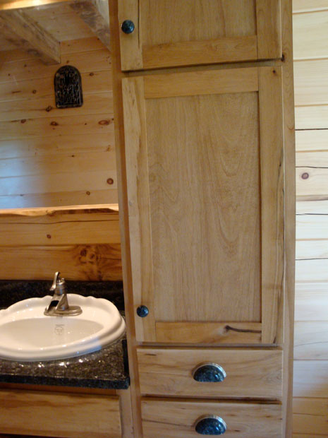 Hand Crafted Solid Maple Bathroom Vanity: Izzo
