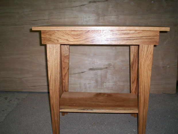 Hand Crafted Solid Oak End Tables Set of 3: Reed