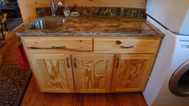 Outstanding Knotty Pine Bathroom Vanity Cabinets 620 x 349 · 57 kB · jpeg